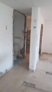 שיפוץ כללי למקלט כולל ריצוף והחלפת חלונות ודלת ממד. צילום: דרור